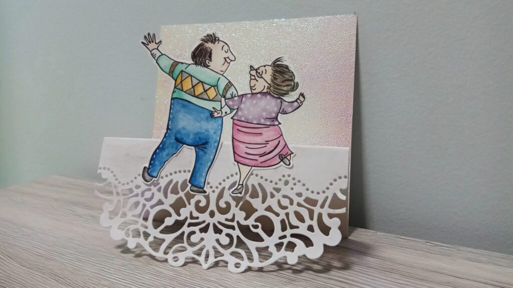 Trifold card di anniversario con coppia anziana