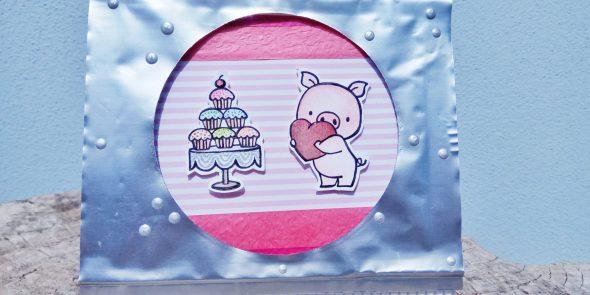 Card di auguri con maialino e cupcake